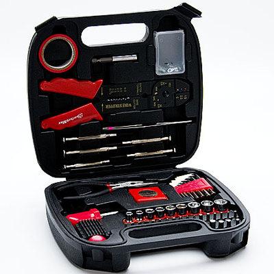 Набор инструментов KomfortMax Kf-1181 70пр 335200